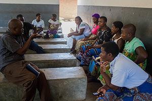 VillageReach staff train HSAs on ANC Connect