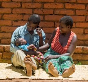 Family shot-4_Jodi-Ann Burey_2016_Malawi